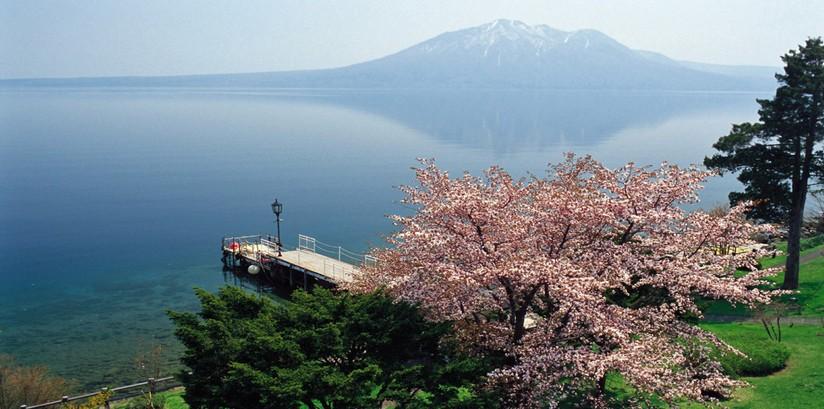【北海道】东京、箱根、北海道6日(4晚温泉/富士山/支笏湖/地狱谷)