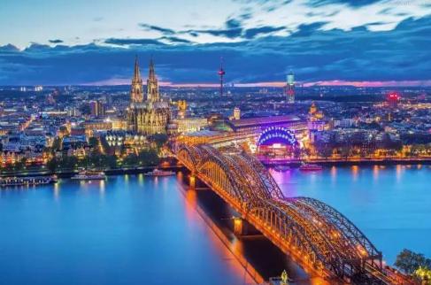 <4钻>奥地利 捷克 匈牙利9日游 哈尔施塔特 布拉格城堡 美泉宫 双特色餐